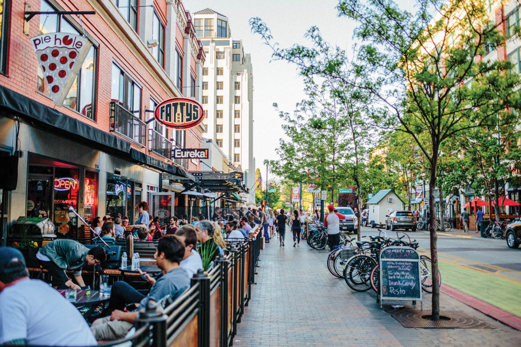 Crowds dine outdoors at 8th Street, Downtown, Boise, Idaho